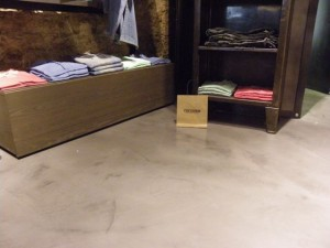 Microscreed floor to retail store