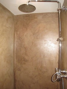 Microscreed to the shower room